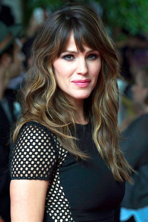 jennifer garner sells parenthood comedy to fox exclusive
