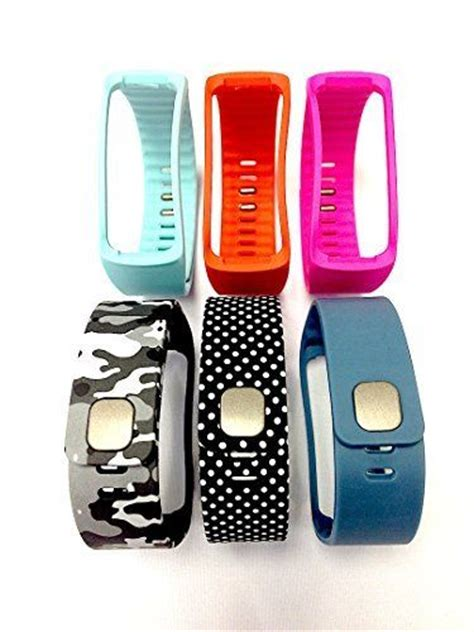 greatest fitness exercise train bands and watches 2014 34 best samsung gear fit images on pinterest samsung