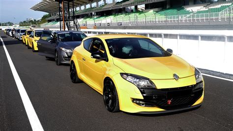 renault malaysia renault owners have fun with safety autoworld com my
