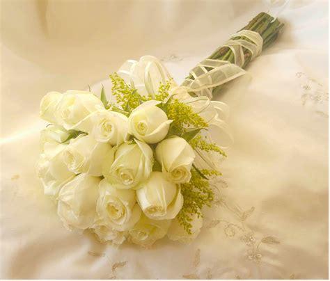 imagenes de rosas blancas naturales fotos de ramos de novia con flores naturales
