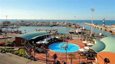 porto di cattolica vista sul porto di cattolica foto di residence hotel