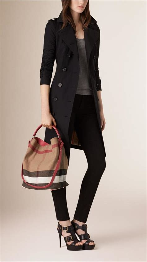 Burberry Signature Top burberry saddle brown canvas calfskin ashby medium canvas calfskin hobo bag tradesy