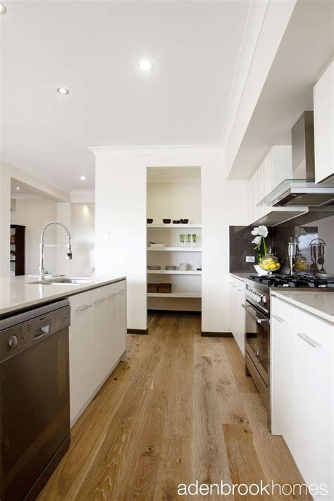 walk in kitchen pantry ideas kitchen walk in pantry design domesticity pinterest