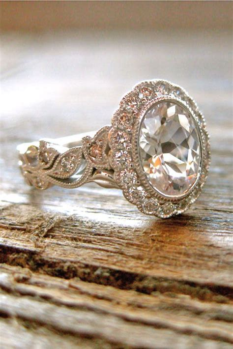 25  best ideas about Oval Engagement Rings on Pinterest