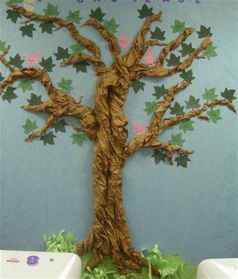 Tree With Paper - klasa iiia