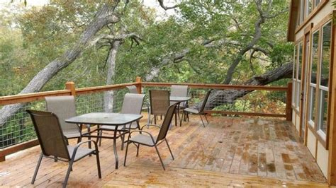 Small Homes For Rent New Braunfels New Braunfels Cabin Rental Deck Each Cabin Has It S