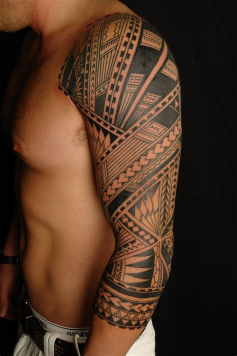 hawaiian quarter sleeve tattoo maori polynesian tattoo samoan polynesian sleeve tattoo