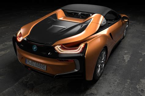 bmw  roadster updated  coupe debut  la