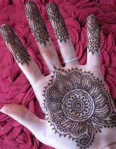 henna tattoos enrapturing entertainment