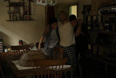 film pertaruhan streaming konflik keluarga broken home di film pertaruhan