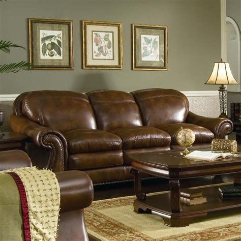 Area Rugs With Brown Leather Furniture by 135 Best Images About Family Room On Brown