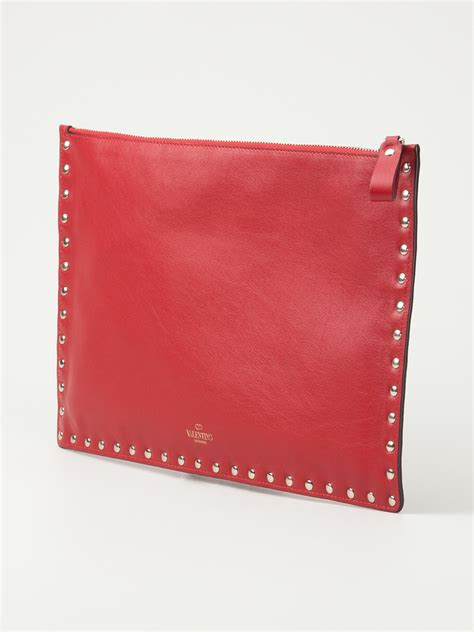 Valentino Flat Bow Clutch by Lyst Valentino Rockstud Large Flat Clutch In