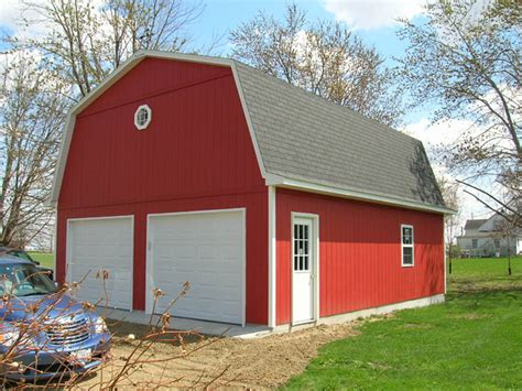 Gambrel Roof Garages by Red Gambrel Roof Coach House Garages