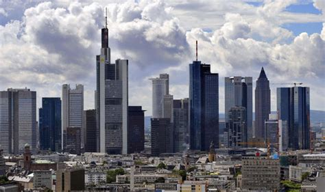 jp bank frankfurt frankfurt in desperate bid to snatch banking business from