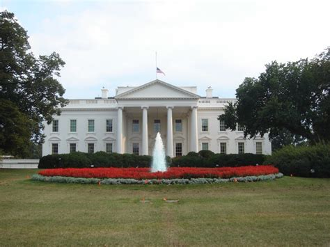 Cameras Now Permitted On White House Tours Live And Let S Fly