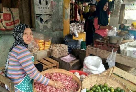 Pisau Di Pasar daftar harga kebutuhan dapur di pasar blora bloranews