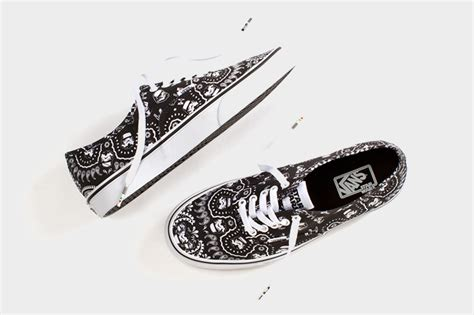 Vans Authentic Bandana Pack Black White le pack vans x wars era authentic sk8 hi slip on