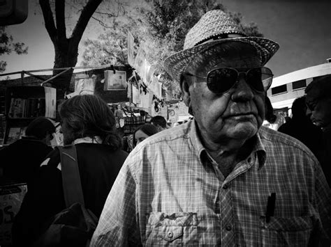 snapseed tutorial pdf luis 243 n street photography in b w el rastro madrid 4