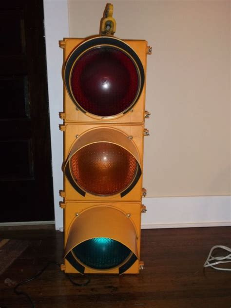 Traffic Light L For Room by Traffic Signal Stop Light Wiring With Arduino Controller