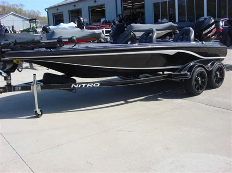 used bass boat reviews nitro z19 bass boats new in warsaw mo us boattest