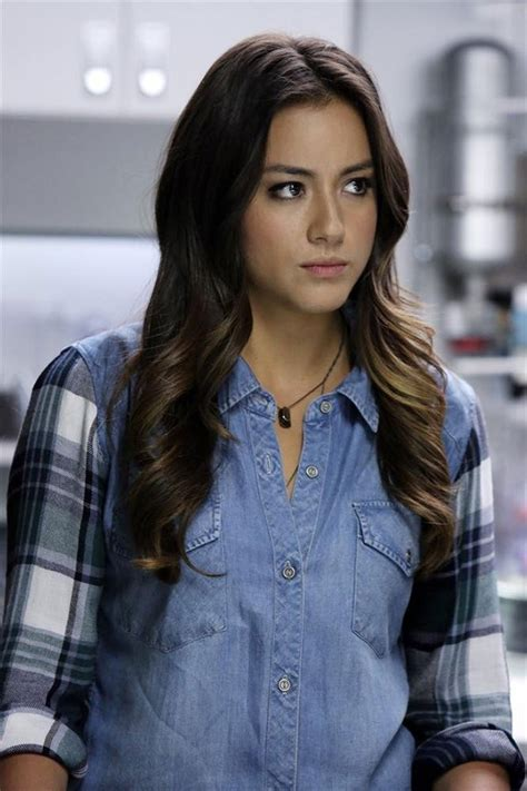 kaitlin menza ok exclusive chloe bennet previews tonight s major ep of