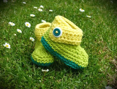 Handmade Crochet Baby Booties - 17 best images about crochet shoes on