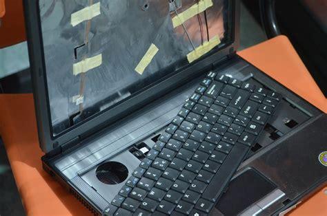 Membeli Dan Menjual Laptop Rusak Berbagai Kondisi jual beli laptop rusak mati di malang jual beli laptop bekas kamera bekas di malang