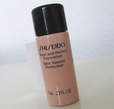 Shiseido Foundation deluxe shiseido sheer and foundation review
