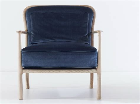 upholstered armchair with armrests loom by nube italia