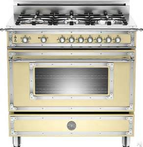 Gas Ovens And Cooktops Bertazzoni Her366gas 36 Quot Traditional Style Gas Range With