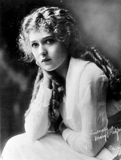 hairstyles in the 1920s 1920s hairstyles best 1920s celebrity hair photos