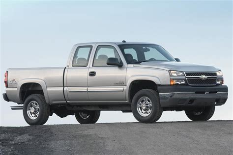 2006 chevrolet silverado 1500 overview cars com
