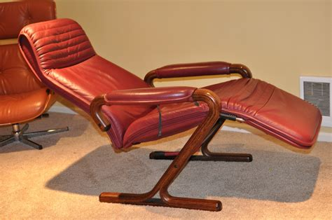 zero gravity chair leather zero gravity chair leather a relaxing