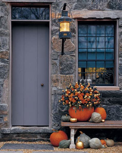 fall front door ideas via www simplifiedbee