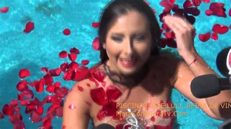 nicole luli nicole moreno quot luli quot reina de vi 209 a piscinazo 2016 youtube