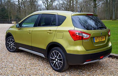 Suzuki Sx4 Cross Review Suzuki Sx4 S Cross Review Reviews Testdriven