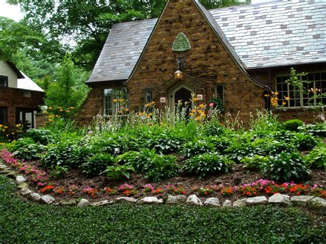 low maintenance landscaping michigan gardening magazine enewsletter