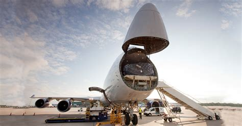 global air freight demand increases 14 in march iata