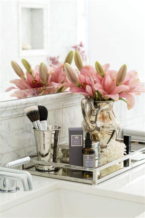 how much to put in a bathroom best 25 bathroom flowers ideas on pinterest diy