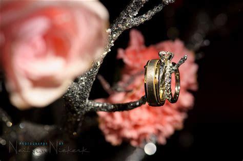 Wedding photography   Video light for macro detail photos