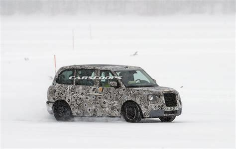 scoop   electrified london taxi coming  year carscoops