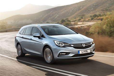 vauxhall astra vauxhall astra sports tourer estate boots up at frankfurt
