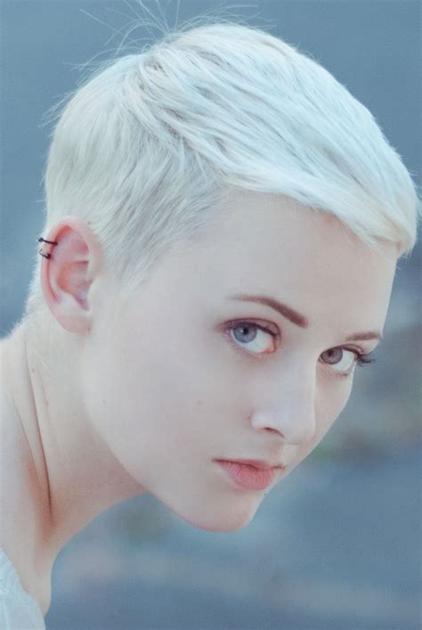 a really short pixi cut shaved in back sides curled witn iron on top pictures please 17 best images about hair on pinterest shaved heads