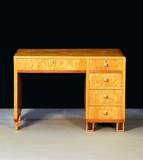 scrivania deco scrivania deco in radica di acero antiquariato e dipinti