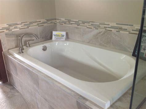drop in bathtub ideas best 25 tile tub surround ideas on pinterest how to tile a tub surround guest