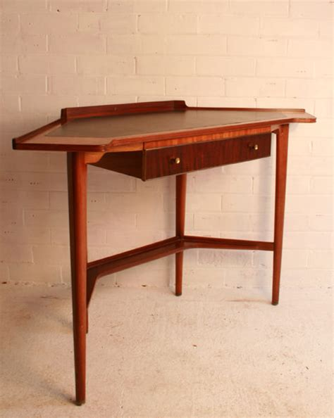 Vintage Corner Desk Antiques Atlas A Retro Corner Desk