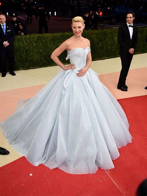 zac posen light up gown danes won the met gala 2016 with a zac posen