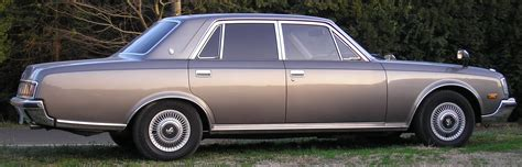 What Is Toyota File Toyota Century Chiba1a Jpg Wikimedia Commons