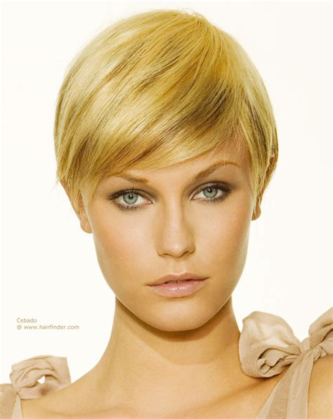 short bob haircut above the ear short hairstyle with the length just reaching the ear