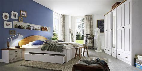 Schlafzimmer Kiefer Komplett by Schlafzimmer Komplett Kiefer 2farbig Wei 223 Gewachst